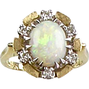 Vintage 14K Gold Diamond Opal Ring   Lots of Sparkle   Unusual Design