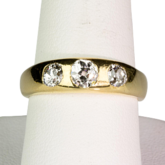 Gorgeous Antique Victorian 18K Gold .90ctw Diamond Gypsy Ring  Lovely Design  Sparkles