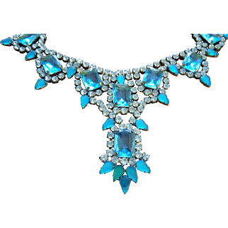 Fabulous Rhinestone Necklace FIT FOR A QUEEN