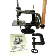 Rare 1910 4 Spoke Singer Model 20 Toy Sewing Machine