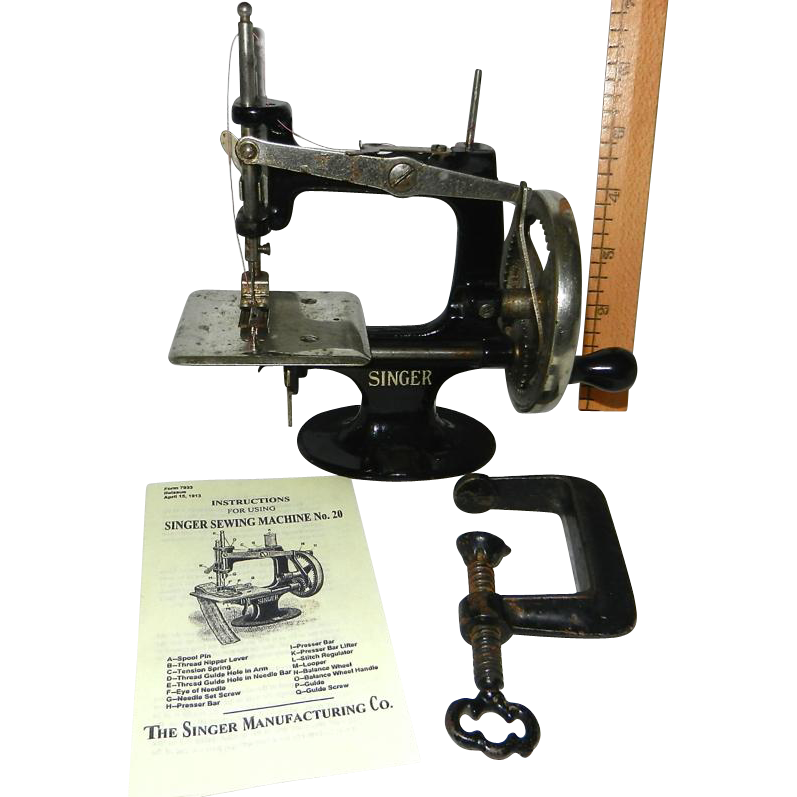 Rare 400 40 Spoke Singer Model 40 Toy Sewing Machine SOLD Ruby Lane Interesting Singer 20 Sewing Machine