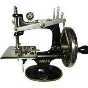 1920 HTF Singer Toy Sewing Machine Unnumbered 3rd Model