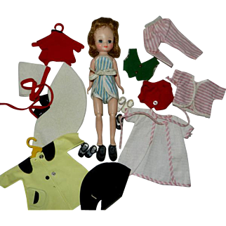 "1950's 8"" Betsy McCall Plus Outfits & Shoes"