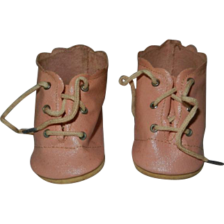 """Vintage Excellent Pink Oilcloth Doll Shoes to fit 20"""" Baby Doll"""