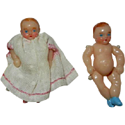 """Vintage 1 3/4"""" Plastic Hand Painted Doll House Twin Babies"""