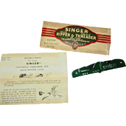 Vintage 1948 Singer Seam Ripper/Needle Threader