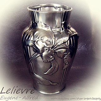 Antique Art Nouveau French Eugene-Alfred Lelievre Handcrafted Repousse Silver Vase