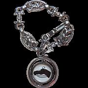 Wonderful Vintage Equestrian Essex Glass Bubble Charm Bracelet