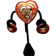 Vintage Ciner Demi Parure: Enameled  Pendant/Brooch and Earrings