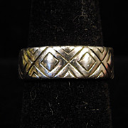 Sterling Silver 7mm Band Ring with Pattern of Squares size 6.25