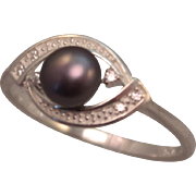 Sterling Silver and Black Freshwater Pearl Ring size 9.25