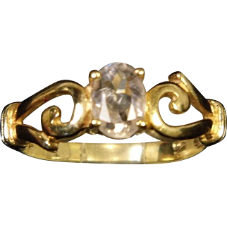 14K Yellow Gold Light Pink Morganite Ring with Decorative Shoulders size 7.25