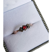 Antique 18k Gold & Silver Rose Diamond and Garnet Ring