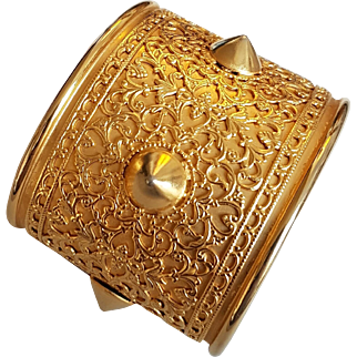 Large Vintage French Couture Gold Tone Cuff Bracelet