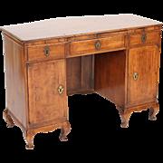 Italian Louis XV walnut desk