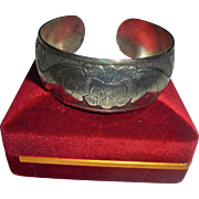 Beautiful Etched Sterling Silver Cuf Bracelet Floral Design