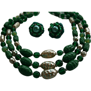Emerald-Green Peking Glass Triple Strand Necklace & Earrings Set