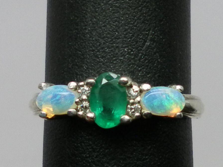 14k Emerald, Opal & Diamonds Ring; FREE SIZING.