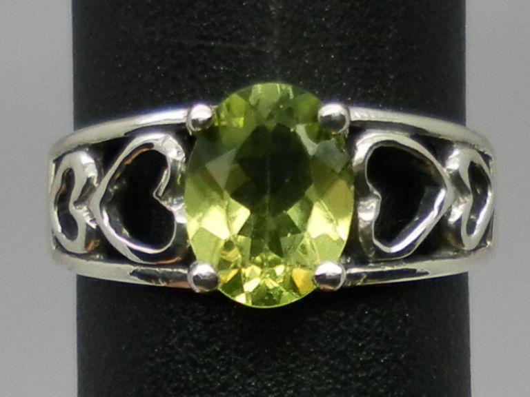 Vintage Natural Peridot Silver Ring; FREE SIZING.