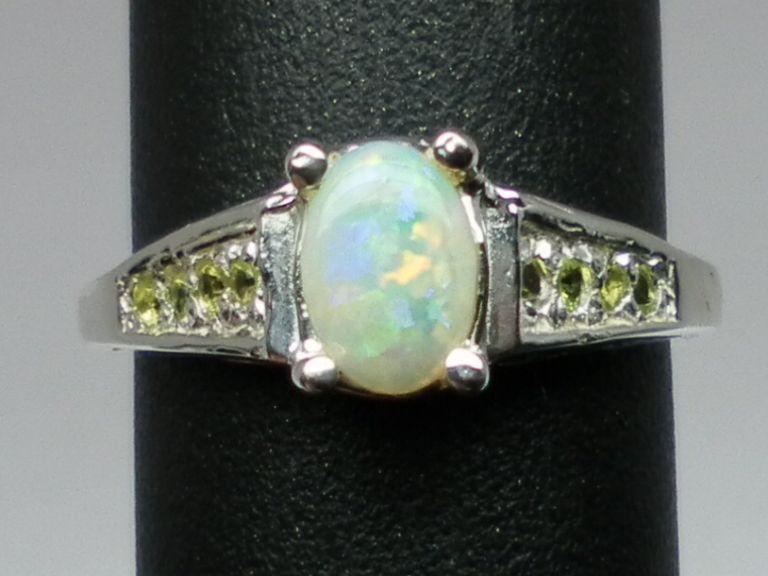 Vintage 14kt Australian Opal & Peridot Ring; FREE SIZING.
