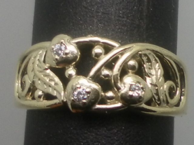 Vintage 14kt Diamonds Ring; FREE SIZING.