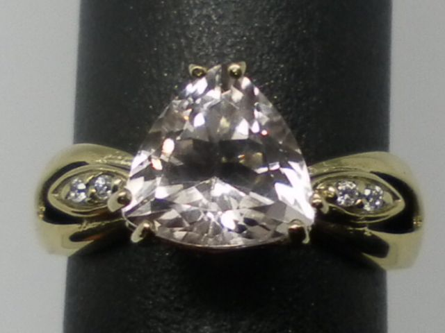 Vintage 14kt Morganite & Diamonds Ring; FREE RE-SIZE.