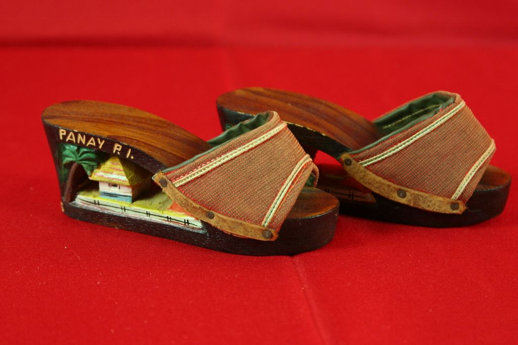 Vintage 40's Phillippine Mini Carved Wooden Platform Doll/Baby  Shoes