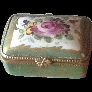Pretty antique French porcelain trinket box