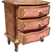 Vintage Italian miniature chest of drawers. Ideal for jewellery or display with dolls.