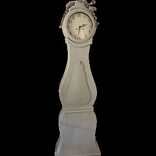 Beautiful antique 19th century Swedish Mora clock