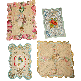 Lot of 4 Victorian Die Cut Dresden Lacy Paper Pop Up Cards