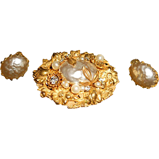 Miriam Haskell Vintage Faux Glass Pearl Demi Parure