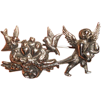 Old 1920s Silver plate Cherub with love birds Bebe Pin