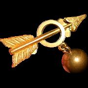Antique Men's 'Ball and Chain Arrow' Engraved Collar Button