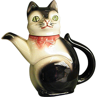 Darling 1940-50s Cortendorf Cat Teapot