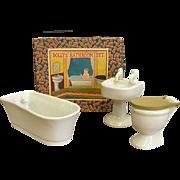 Wonderful 1920-30s Dollhouse Porcelain Bathroom Set in Original Box