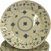 Graceful Churchill Finlandia Pattern Dinner Plate