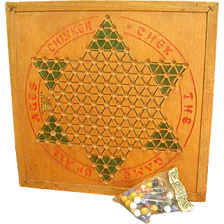 Chinker Chek Wood Game Board by Brown Manufacturing – The Original Chinese Checkers