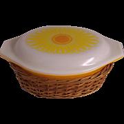 Pyrex Daisy Sunflower Casserole in Basket 1 1/2 Quart
