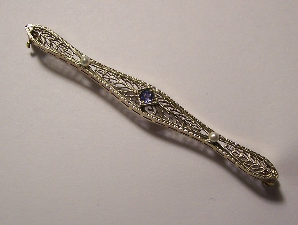 14K White & Yellow Gold Filigree Bar Pin Deco Sapphire & Pearls