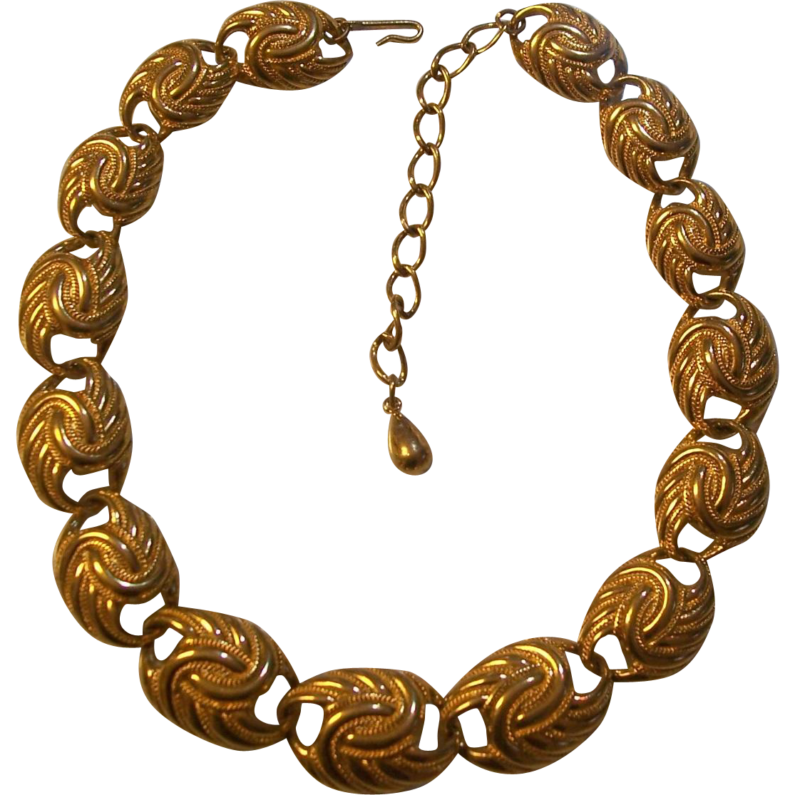 beautiful trifari gold tone necklace from modseller on