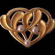MMA Art Nouveau Revival Heart Mistletoe Brooch