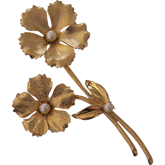"""Huge 4 3/4"""" Textured Gold tone Faux Pearl Flower Brooch"""