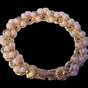 Richelieu Faux Pearl Gold tone Bracelet Fan Shell Clasp