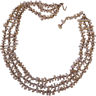 Wonderful 3 Strand Shell Necklace Japan Vintage
