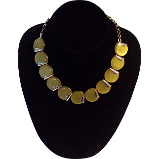 Green Moonglow Thermoset Charel Deco Style Necklace
