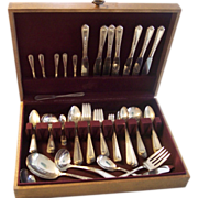 "92 pc National Silver Plate ""Nineteen"" Flatware Set"