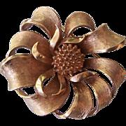 Vintage Gold tone Coro Ribbon Flower Brooch