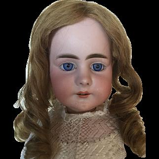 Beautiful Antique Simon Halbig Lady Doll 949