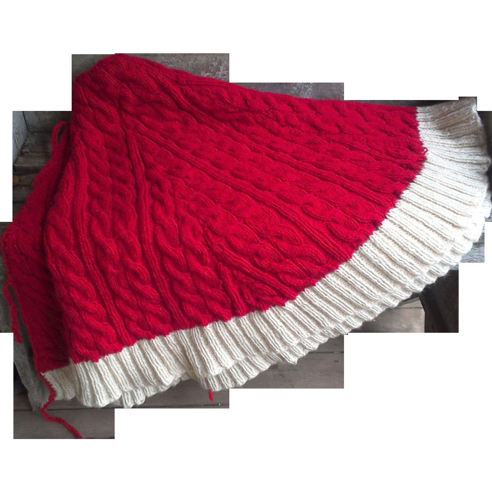 Best knit christmas tree skirt chunky